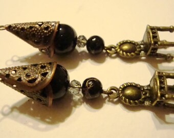 x 2 dangles beads glass noires(10mm-4 mm) and charms in metal color bronze