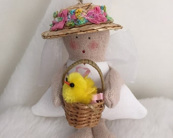 Folk Art Spring Angel (MiniAngChick)