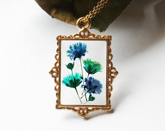 Baby's breath necklace, Pressed flower jewelry, Terrarium Necklace, Resin necklace, Dried flower necklace, Pressed Real flower, Botanical