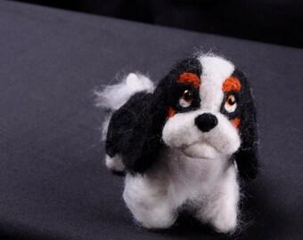Custom Needle Felted Cavalier King Charles Spaniel. Needle felted dog sculpture. One of a kind Dog Art