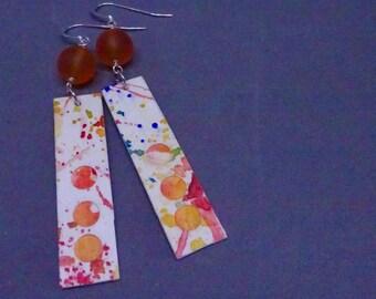 Peinture à l'aquarelle boucles d'oreilles, boucles d'oreilles, 1er cadeau d'anniversaire, peinture sur papier, papier cadeau en papier