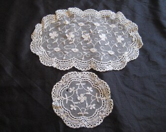 Five ivory lace doilies, oblong and round, set of lace doilies, cream lace doilies, crochet borders, shabby chic decor