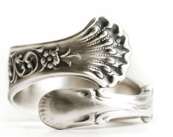 Forget Me Not Ring, Antique Spoon Ring Sterling Silver, Small Forget Me Not Flower, Custom Ring Size, Hyperion Whiting Silver ca 1888 (6761)
