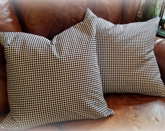 Houndstooth Pillow Cover-Black and White-Throw Pillow - Fall Home Decor-Winter Home Decor-Alabama Crimson Tide Decor-Fast Shipping-