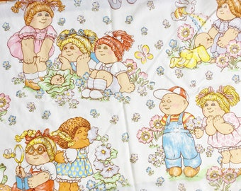 Vintage 1980s Cabbage Patch Twin Flat Sheet Childrens Bedding, Repurpose Upcycle Fabric