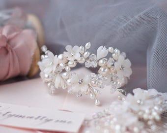 Wedding bracelet | floral bracelet | flower bracelet | Bridal bracelet | Pearl bracelet | Freshwaterpearl braselet | Silver bracelet