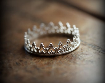 Crown ring 01 - sterling silver ring