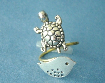 Silver turtle ring with a bird, wrap ring, adjustable ring, animal ring, silver ring, statement ring