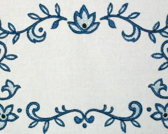Blue Art Deco Swirls embroidered quilt label, to customize with your personal message
