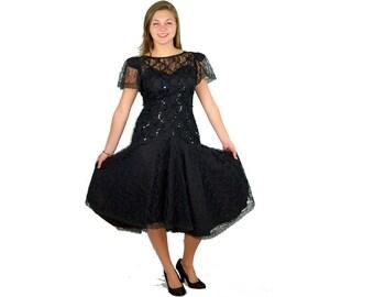 1980s black lace dress, fit and flare dress, party dress, 80s cocktail dress, drop waist, Size 7