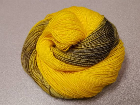 Colorway/Lemons Indie Dyed Fingering Weight 80/20 Merino/Nylon Sock Yarn