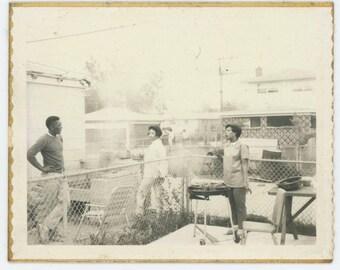 Vintage Polaroid Snapshot Photo: Backyard Barbecue [Fences Make Good Neighbors] (79607)