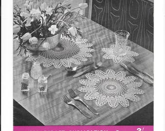 UK original vintage crochet pattern booklet.  8 patterns including table cloth/bed cover, gloves, place mats
