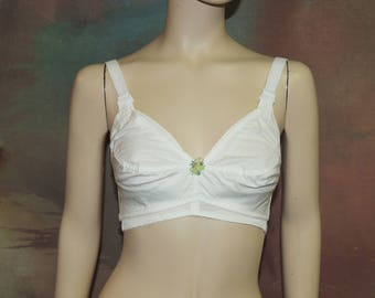 Figurettes 1960s Cotton Bra, Old store stock never worn 30 EE