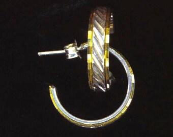 Vintage Hoop Earrings . Pierced Stripe Earrings . 925 Sterling Silver . Carved Geometric Inlay - Silver and Gold by enchantedbeas on Etsy