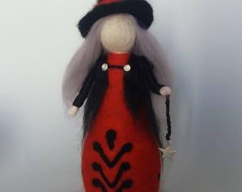 Needle felted waldorf inspired Crone doll witch.Autumn Halloween,pagan,Wicca.Wool,merino,core wool,wool batting.