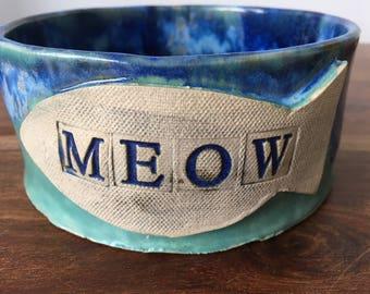 Cat Bowl/ Ceramic Cat Bowl/Rustic Cat Bowl/ Gift for a Cat / Pet Feeder / Handmade Gift