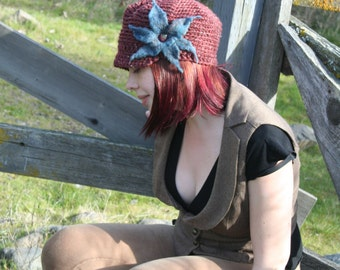 Brick Red Tweed Wool Slouchy Newsboy Brim Hat with Blue Felted Flower