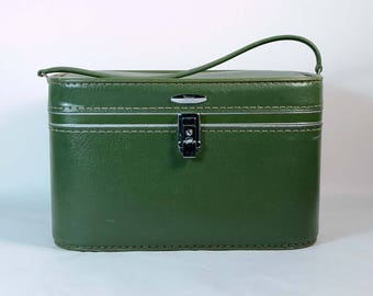 Vintage 70s Green Carry On Train Case, Luggage Suitcase Sears Featherweight, Overnight Bag Storage
