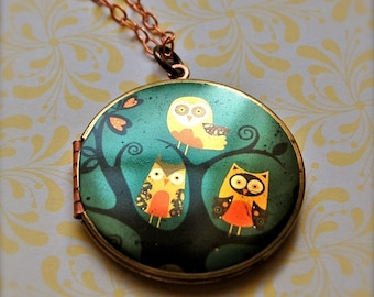 The Owl Family Locket - Vintage