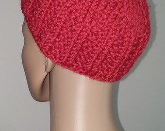 Red knitted Cap made of pure wool