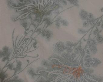 Vintage Japanese Silk kimono Fabric RARE Spider Chrysanthemum