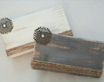 Metal Flower Picture Frame Distressed Wood Block Photo Display