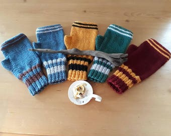 Harry Potter Inspired Fingerless Gloves Hogwarts House Gryffindor Slytherin Hufflepuff Ravenclaw Mitts Wool Knitted Wrist Warmers Mittens