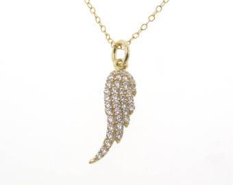 Collier avec breloque aile d'ange avec Pavé de CZ zircon - or rempli protection ange gardien
