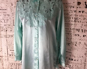 Vintage Spegiel Blouse Size Small Mint Green Lace And Embroidered Beautiful flawless