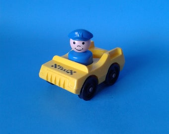 """Fisher Price Little People """" #997 Village / #2500 Main Street Taxi Car """" 1970's"""