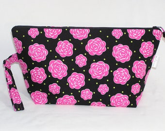 Pink Rosettes on Black Beckett Bag