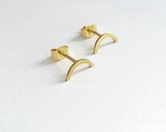 Minimalist 14K Gold Arc studs. Gold arc stud earrings. Simple solid gold arc studs. 10 or 14K Yellow Gold,  Rose Gold or White Gold arc stud