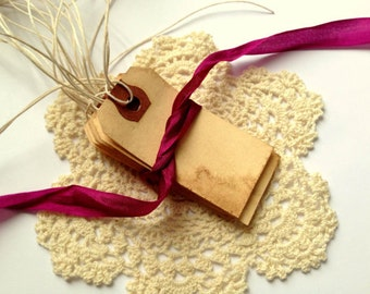 50 Small Escort Cards WITH STRINGS. Place Card. Vintage Wedding. Name Card. Favor Tag. Rustic. Gift Tag. Travel Theme. Paper Luggage Tag.