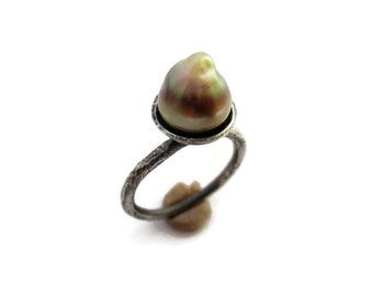 Tahitian Pearl Ring, Baroque Pearl Ring, Raw Silver Ring, Organic Pearl Ring, Unique Ring, Unusual Ring, Contemporary Jewelry, Raw Jewelry
