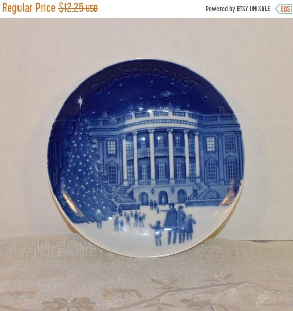 "Delayed Shipping 1987 Bing & Grondahl Christmas in America 'Christmas Eve at the Whitehouse' Collectible Plate 5"" Made in Denmark Blue and W"