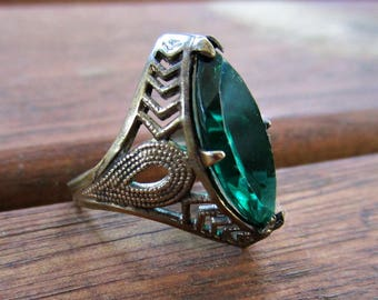 Antique Art Deco Ring - Filigree - Dark Silver Tone - Deep Teal Glass Stone - Size 4.5 - 1920s - Cocktail Ring