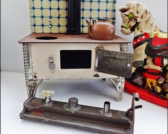 Miniature Stove, Vintage TinPlate Toy, Toy Stove, Collecters Toys, Vintage AGA,Country Kitchen German ToyCooker, Old Copper Kettle,Toy Stove