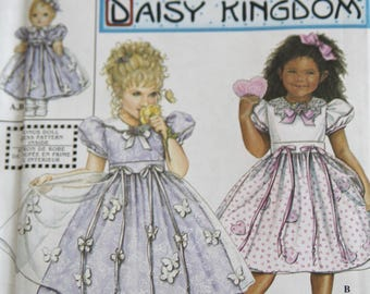 Daisy Kingdom Girls' Dress Pattern Simplicity 9039 Sizes AA 1/2-2 and BB 3-6