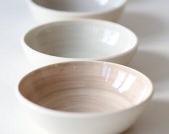 Four porcelain bowls 17-240