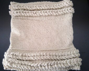 Make Alpaca - Alpaca Hoodie - neck warmer knitting pattern - 100% alpaca - neck warmer white