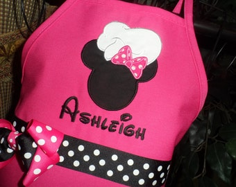 Personalized Minnie Mouse Chef Apron, Kids Apron, Adult Apron, Hot Pink Apron, Disney Apron, Birthday Party Favor, Birthday Apron