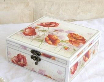 VENTE -15 % boîte à bijoux Decoupaged rangement coquelicots - boîte en bois - bijoux boîte - boîte décorative - bijoux - décor coquelicots