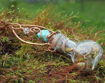 Terrarium moss necklace, mini bottle necklace, terrarium with copper wire wrap, turquoue, crystal, OOAK, long terrarium necklace, tiny stone