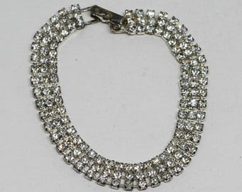 Sparkling silver tone bracelet with crystals