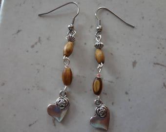 Nouvelle création, boucles d'oreilles avec perle bois - Modèle 7