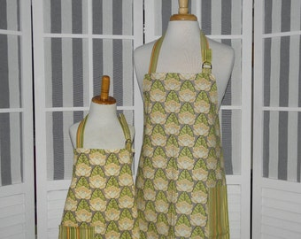 Lotus Pond Mommy and Me matching Apron Set for Adult & Child