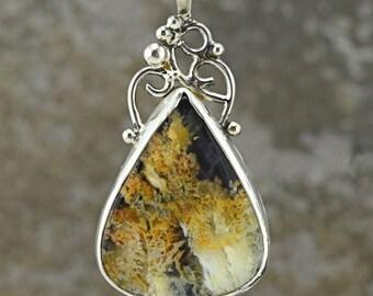 Handcrafted Sterling Silver Regency Plume Agate on Black Jade or Necklace