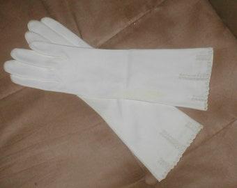 Vintage White Cotton Dress Gloves 3/4 length