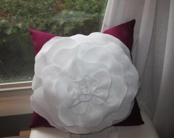Pillow, Felt Flower Pillow, Rose Pillow, Rose Felt Pillow, Felt Rose Pillowllo
